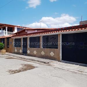 Casa En Ventaen Cua, Santa Rosa, Venezuela, VE RAH: 21-20660