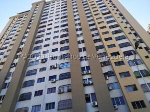Apartamento En Ventaen Valencia, Prebo I, Venezuela, VE RAH: 21-20681