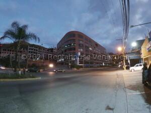 Local Comercial En Ventaen Caracas, Piedra Azul, Venezuela, VE RAH: 21-20684