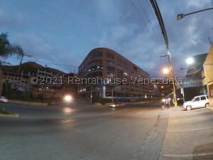 Local Comercial En Alquileren Caracas, Piedra Azul, Venezuela, VE RAH: 21-20688