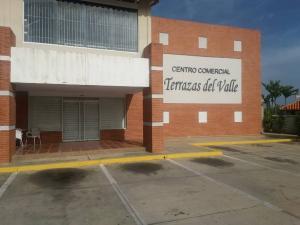 Local Comercial En Ventaen Margarita, El Valle, Venezuela, VE RAH: 21-20694