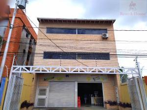 Edificio En Alquileren Cabudare, Parroquia Cabudare, Venezuela, VE RAH: 21-20715