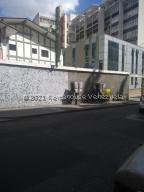 Casa En Ventaen Caracas, La Castellana, Venezuela, VE RAH: 21-20748