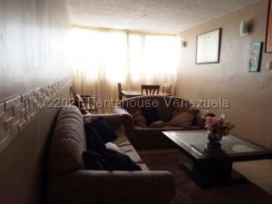 Apartamento En Ventaen Ciudad Bolivar, Av La Paragua, Venezuela, VE RAH: 21-20747