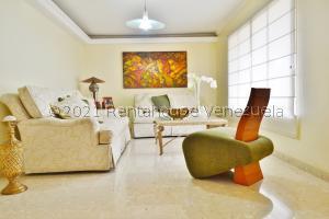 Townhouse En Ventaen Maracaibo, Circunvalacion Dos, Venezuela, VE RAH: 21-14153