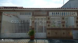 Casa En Ventaen Guatire, El Castillejo, Venezuela, VE RAH: 21-20917