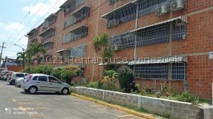 Apartamento En Ventaen Guarenas, El Torreon, Venezuela, VE RAH: 21-20883