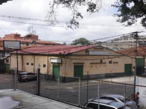 Local Comercial En Alquileren Caracas, Montecristo, Venezuela, VE RAH: 21-20813