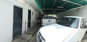 Local Comercial En Ventaen Coro, Centro, Venezuela, VE RAH: 21-20819