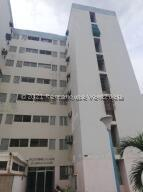 Apartamento En Ventaen Maracaibo, Ciudadela Faria, Venezuela, VE RAH: 21-20833