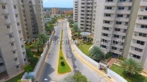 Apartamento En Ventaen Maracaibo, Avenida Milagro Norte, Venezuela, VE RAH: 21-20871