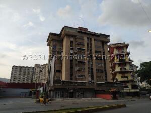 Apartamento En Ventaen Caracas, El Paraiso, Venezuela, VE RAH: 21-20888