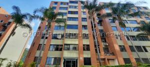 Apartamento En Ventaen Caracas, Los Naranjos Humboldt, Venezuela, VE RAH: 21-20928