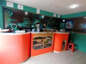 Oficina En Alquileren Caracas, Santa Eduvigis, Venezuela, VE RAH: 21-20930