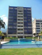 Apartamento En Ventaen Parroquia Caraballeda, Caribe, Venezuela, VE RAH: 21-20915