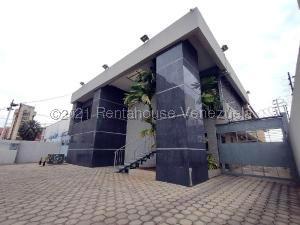 Edificio En Alquileren Maracaibo, Calle 72, Venezuela, VE RAH: 21-20958