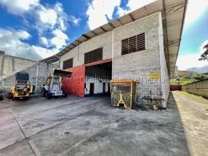 Galpon - Deposito En Alquileren Guatire, Guatire, Venezuela, VE RAH: 21-20969