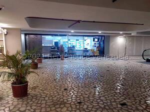Local Comercial En Ventaen Caracas, Los Naranjos Del Cafetal, Venezuela, VE RAH: 21-20977