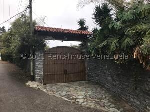 Casa En Ventaen San Antonio De Los Altos, La Suiza, Venezuela, VE RAH: 21-21033