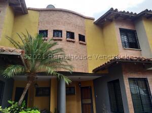 Townhouse En Alquileren Municipio San Diego, Terrazas De San Diego, Venezuela, VE RAH: 21-21024