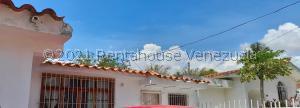 Casa En Ventaen Municipio Naguanagua, Casco Central, Venezuela, VE RAH: 21-21027