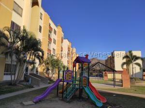 Apartamento En Ventaen Municipio San Diego, El Polvero, Venezuela, VE RAH: 21-21047