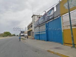 Local Comercial En Alquileren Barquisimeto, Parroquia Catedral, Venezuela, VE RAH: 21-27004
