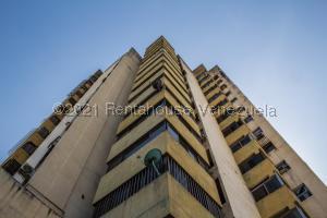 Apartamento En Ventaen Puerto La Cruz, Puerto La Cruz, Venezuela, VE RAH: 21-24809