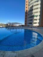 Apartamento En Alquileren Valencia, El Parral, Venezuela, VE RAH: 21-21105