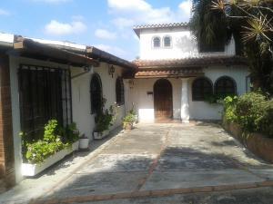 Casa En Ventaen San Diego De Los Altos, Parcelamiento El Prado, Venezuela, VE RAH: 21-21154