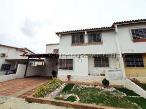 Casa En Ventaen Cabudare, Parroquia José Gregorio, Venezuela, VE RAH: 21-21176