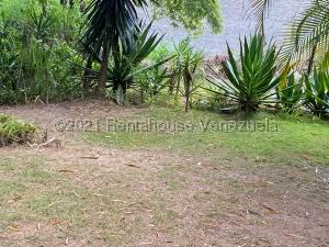 Terreno En Ventaen Caracas, Alto Hatillo, Venezuela, VE RAH: 21-21262