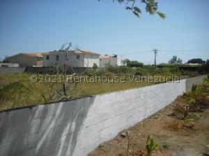 Terreno En Ventaen Maracaibo, Lago Mar Beach, Venezuela, VE RAH: 21-21183