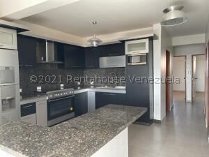 Apartamento En Ventaen Punto Fijo, Santa Irene, Venezuela, VE RAH: 21-21198