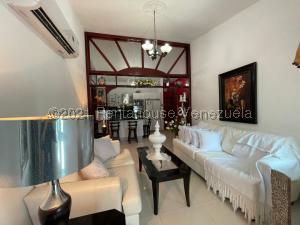 Casa En Ventaen Punto Fijo, Guanadito, Venezuela, VE RAH: 21-21231