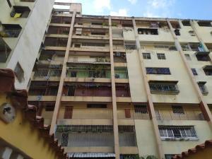 Apartamento En Ventaen Caracas, Caricuao, Venezuela, VE RAH: 21-21215