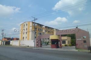 Apartamento En Ventaen Municipio Los Guayos, Paraparal, Venezuela, VE RAH: 21-21326