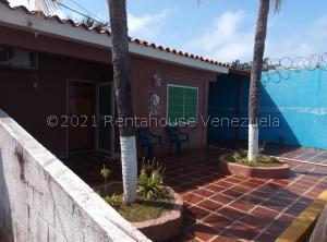 Casa En Ventaen Chichiriviche, Playa Norte, Venezuela, VE RAH: 21-27106