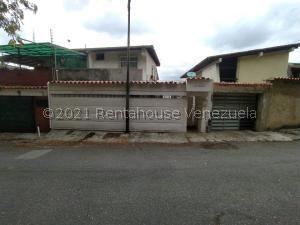 Casa En Ventaen Caracas, Colinas De Los Chaguaramos, Venezuela, VE RAH: 21-21324