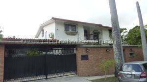 Casa En Ventaen Caracas, El Cafetal, Venezuela, VE RAH: 21-21369