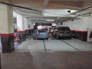 Local Comercial En Alquileren Caracas, Parroquia La Candelaria, Venezuela, VE RAH: 21-21331