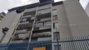 Apartamento En Ventaen Caracas, Santa Ines, Venezuela, VE RAH: 21-21365