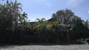 Casa En Ventaen Cabudare, Parroquia José Gregorio, Venezuela, VE RAH: 21-21360
