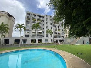 Apartamento En Ventaen Caracas, Colinas De Valle Arriba, Venezuela, VE RAH: 21-21376