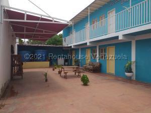 Casa En Ventaen Coro, Sector Bobare, Venezuela, VE RAH: 21-4366