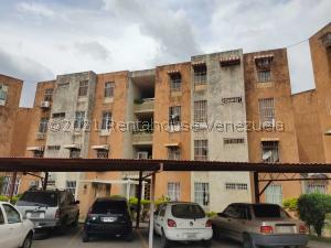 Apartamento En Alquileren Turmero, La Fuente, Venezuela, VE RAH: 21-21404