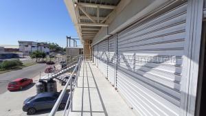 Local Comercial En Alquileren Maracaibo, Circunvalacion Dos, Venezuela, VE RAH: 21-21412
