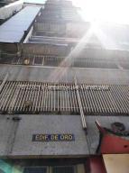 Apartamento En Ventaen Caracas, Parroquia La Candelaria, Venezuela, VE RAH: 21-21415