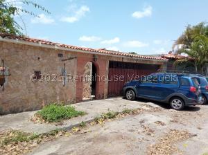Casa En Ventaen Caracas, Lomas De La Trinidad, Venezuela, VE RAH: 21-21554