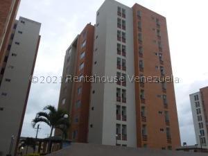 Apartamento En Ventaen Municipio Naguanagua, El Rincon, Venezuela, VE RAH: 21-21448